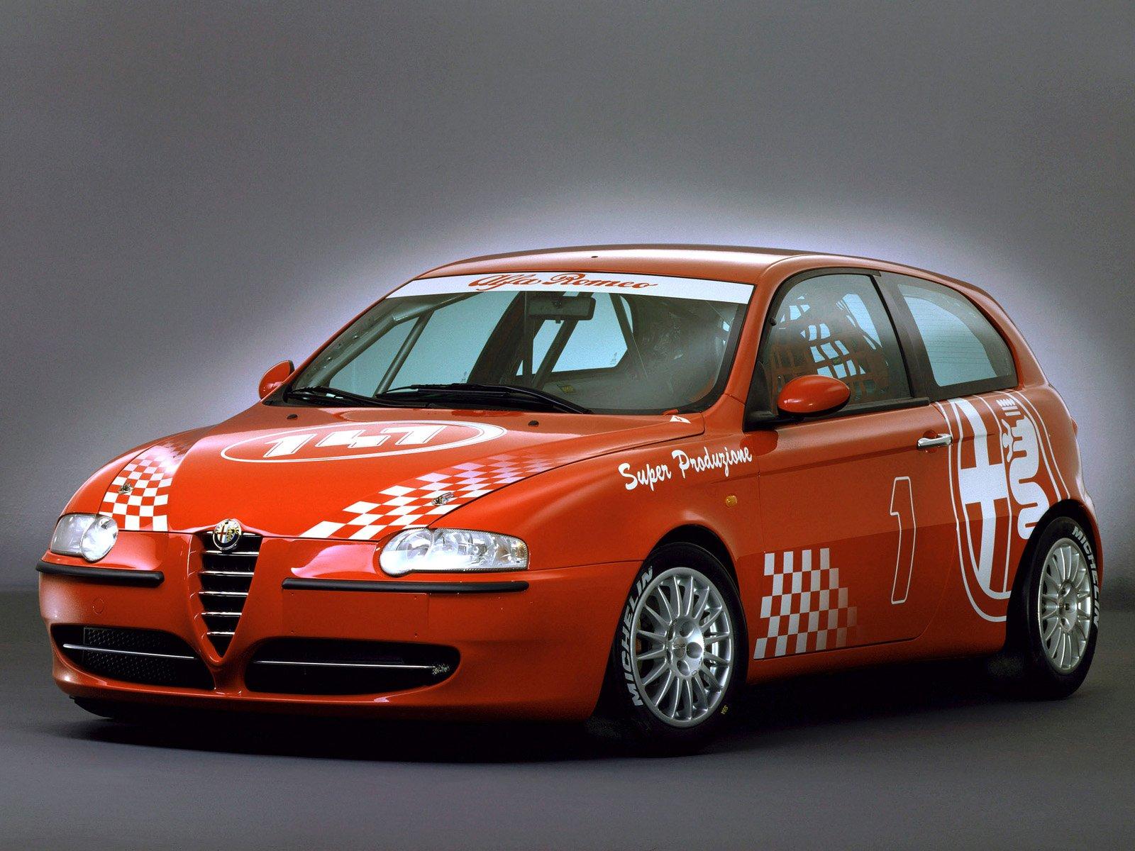 Alzado Frontal Coche Audi A3 as well Kuvia in addition Alfa Romeo Motorsport 001 as well File Fiat Punto 2012  Alfa Romeo 147  Fiat Punto Evo  Lancia Y together with AlfaGiul 1. on alfa romeo 147